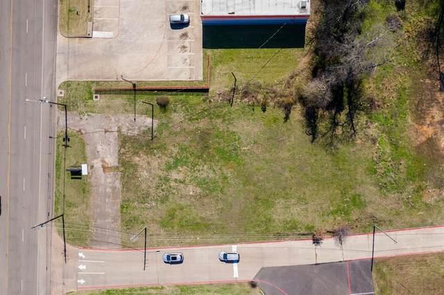902 S Jefferson Avenue, Mount Pleasant, TX 75455 (MLS #14531129) :: Real Estate By Design