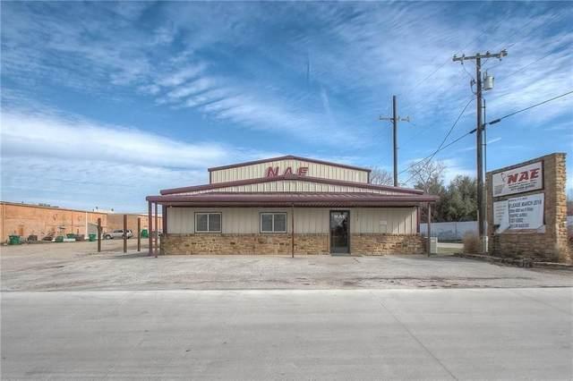 301 Bonnie Bell Lane, Springtown, TX 76082 (MLS #14531608) :: The Kimberly Davis Group