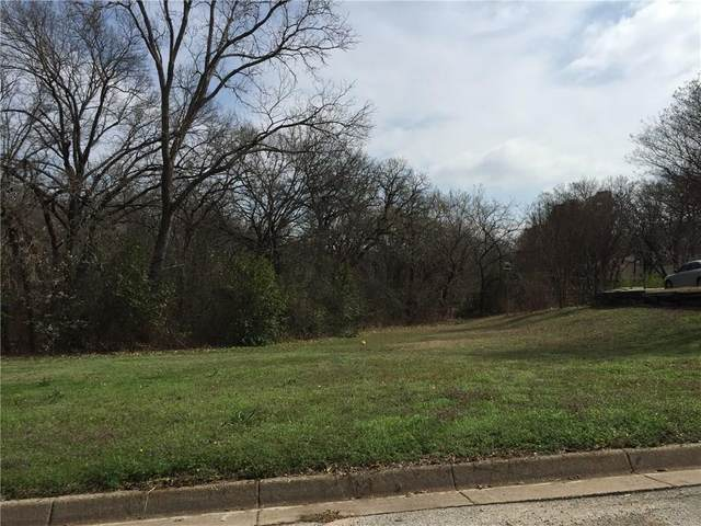6004 Woodlake Drive, Arlington, TX 76016 (MLS #14531861) :: Team Hodnett