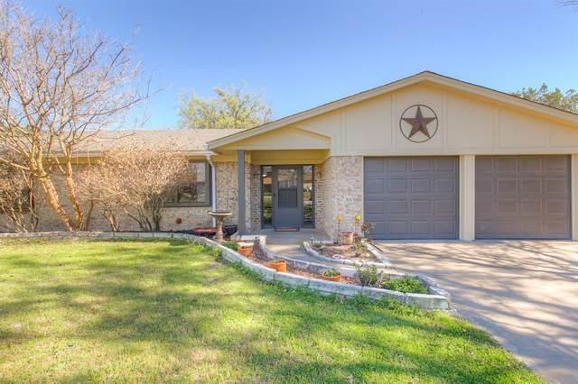 301 Saddleview Court, Granbury, TX 76048 (MLS #14532547) :: The Chad Smith Team
