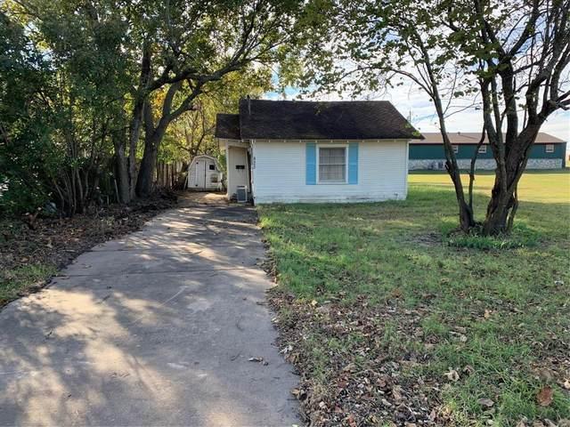 832 N Dallas Street, Van Alstyne, TX 75495 (MLS #14532800) :: VIVO Realty
