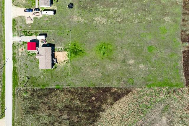 8711 County Road 1143, Celeste, TX 75423 (#14533823) :: Homes By Lainie Real Estate Group