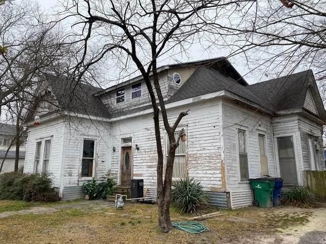 3817 Johnson Street, Greenville, TX 75401 (MLS #14534885) :: Lyn L. Thomas Real Estate | Keller Williams Allen
