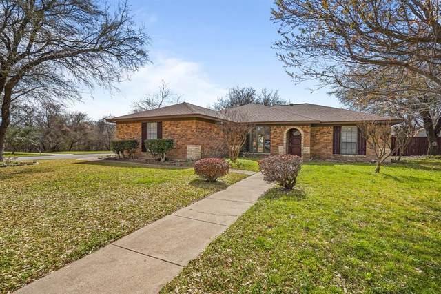 932 Arrow Wood Street, Benbrook, TX 76126 (MLS #14535003) :: Lyn L. Thomas Real Estate | Keller Williams Allen