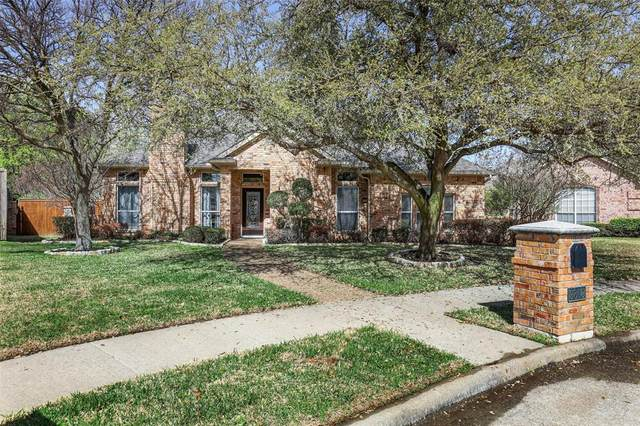 9809 Canyon Crest Circle, Irving, TX 75063 (MLS #14535397) :: The Chad Smith Team