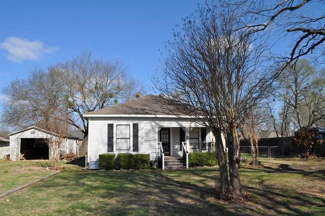 104 W North Main Street, Blooming Grove, TX 76626 (MLS #14535776) :: Team Hodnett