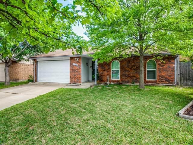 4917 California Trail, Grand Prairie, TX 75052 (MLS #14537460) :: Wood Real Estate Group
