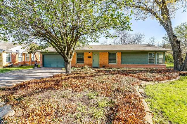 3620 W Seminary Drive, Fort Worth, TX 76109 (MLS #14537599) :: The Chad Smith Team
