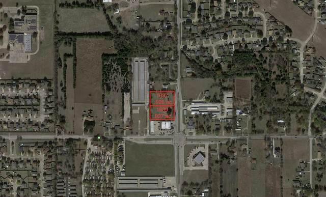 1637 S Hampton Road, Glenn Heights, TX 75154 (MLS #14541877) :: KW Commercial Dallas