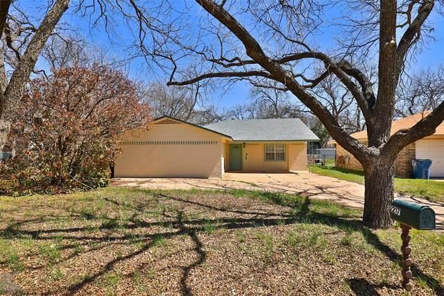 217 Bowie Street, Clyde, TX 79510 (MLS #14541930) :: Team Hodnett