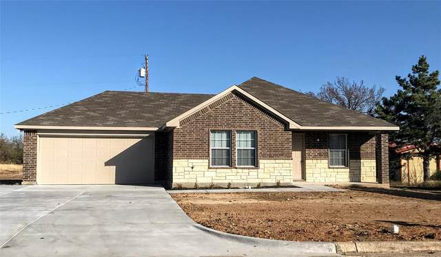 910 SW 17th Street, Mineral Wells, TX 76067 (MLS #14542203) :: Real Estate By Design