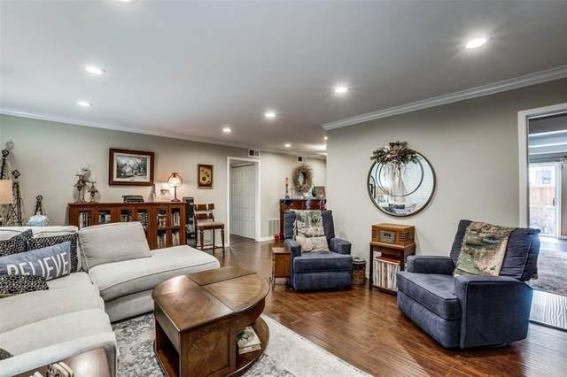 7906 Royal Lane A, Dallas, TX 75230 (MLS #14542450) :: Premier Properties Group of Keller Williams Realty