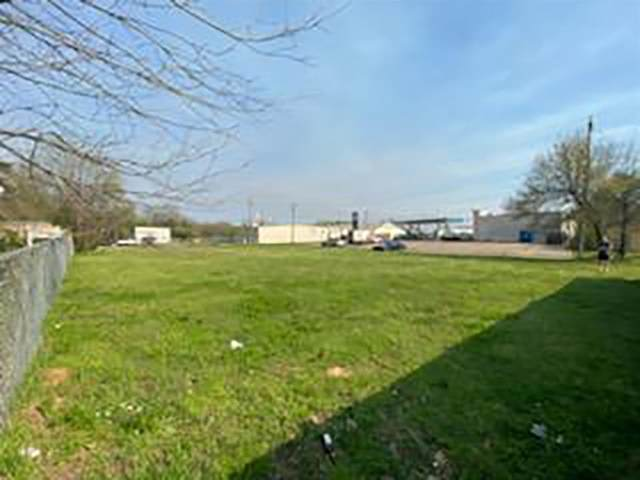 977 S. Bolton, Jacksonville, TX 75766 (MLS #14542488) :: The Chad Smith Team