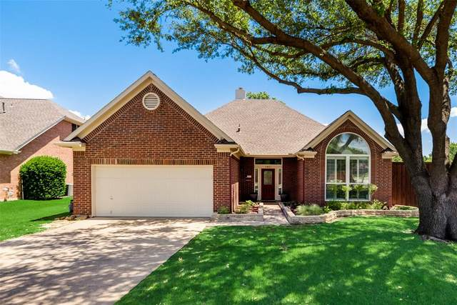 1401 Swallow Circle, Lewisville, TX 75077 (MLS #14542499) :: Real Estate By Design