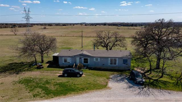 132 Pr 1566, Chico, TX 76431 (MLS #14543229) :: Potts Realty Group