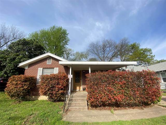 304 S Waco Street, Weatherford, TX 76086 (MLS #14543270) :: Potts Realty Group