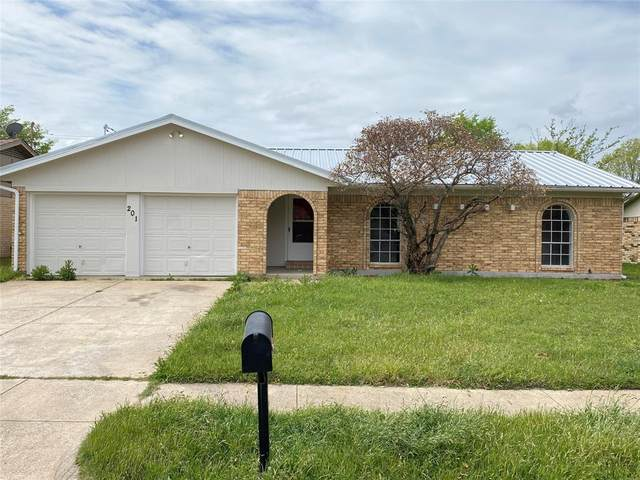 201 Julie Drive, Crowley, TX 76036 (MLS #14543391) :: 1st Choice Realty
