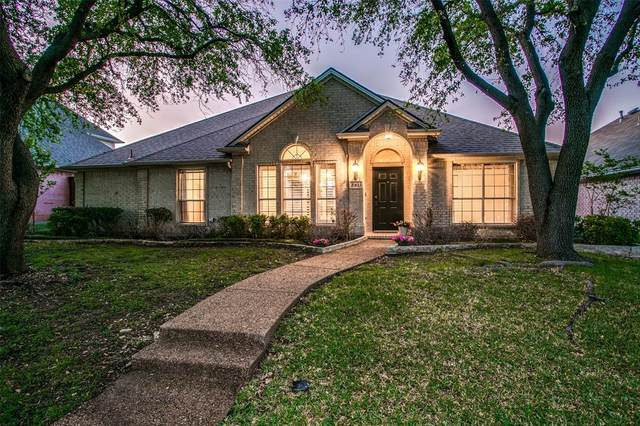3911 Belton Drive, Dallas, TX 75287 (MLS #14543457) :: The Mauelshagen Group