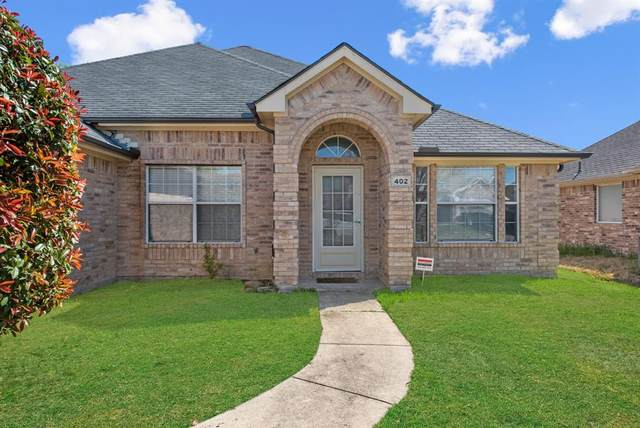 402 Camp Creek Drive, Arlington, TX 76002 (MLS #14543613) :: The Chad Smith Team