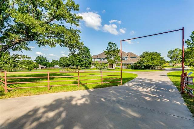 9744 County Road 603, Burleson, TX 76028 (#14544066) :: Homes By Lainie Real Estate Group