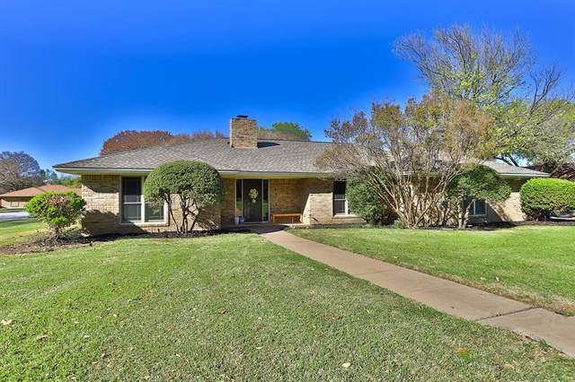 4512 Foxfire Way, Fort Worth, TX 76133 (MLS #14544244) :: Wood Real Estate Group