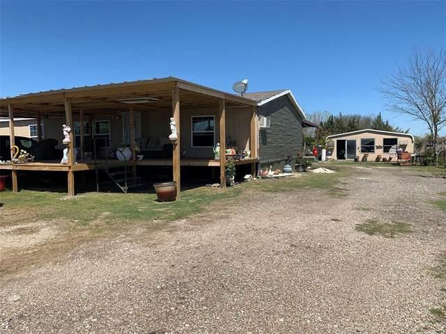 2201 White Dove Drive, Venus, TX 76084 (MLS #14544550) :: The Hornburg Real Estate Group