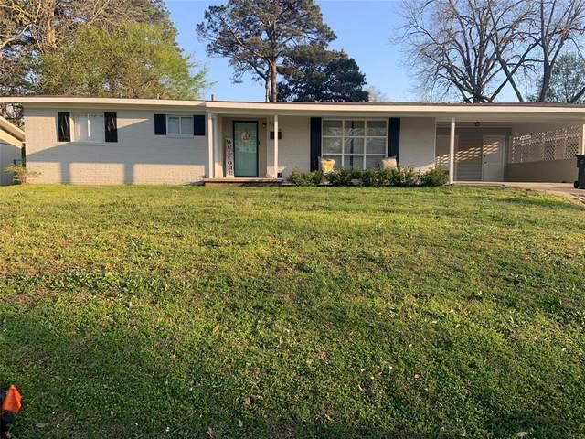 3129 Rollingwood Drive, Tyler, TX 75701 (MLS #14546105) :: Potts Realty Group