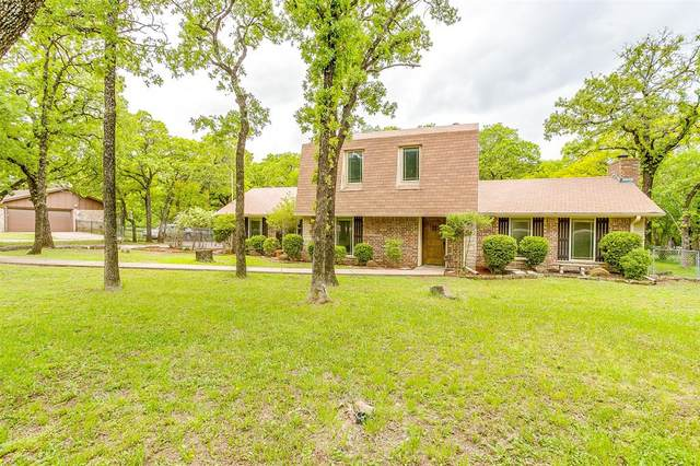 7809 Oak Parkway, Burleson, TX 76028 (MLS #14546250) :: Team Hodnett