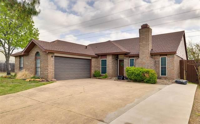 5111 Nocona Lane, Arlington, TX 76018 (MLS #14546304) :: Robbins Real Estate Group