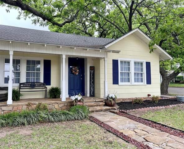 316 S Brazos Street S, Weatherford, TX 76086 (MLS #14546909) :: Team Hodnett