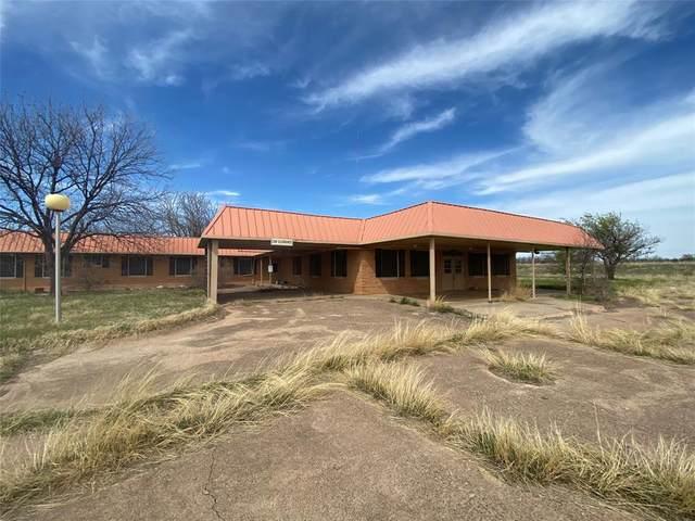 1000 N Minter Avenue, Throckmorton, TX 76483 (MLS #14546914) :: Real Estate By Design