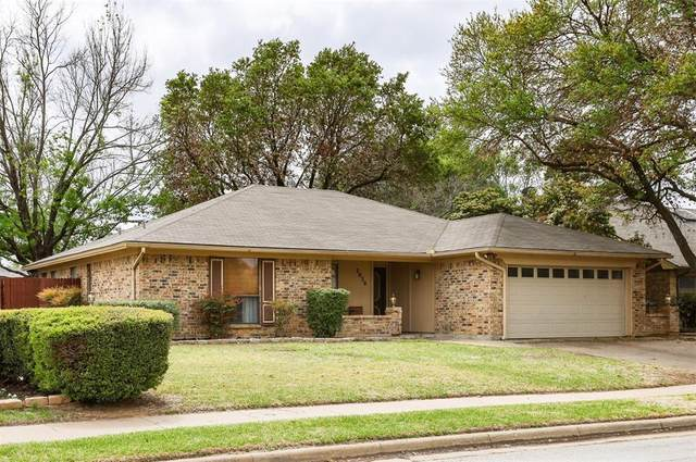 2020 Brightwood Drive, Bedford, TX 76021 (MLS #14547295) :: The Rhodes Team