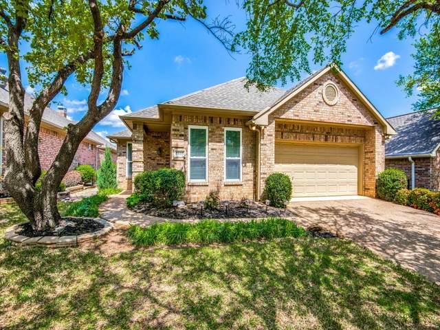1611 Villa Court, Corinth, TX 76210 (MLS #14548102) :: The Kimberly Davis Group