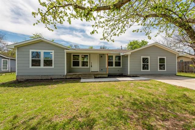 204 Ridgeway Avenue, Azle, TX 76020 (MLS #14548115) :: The Juli Black Team