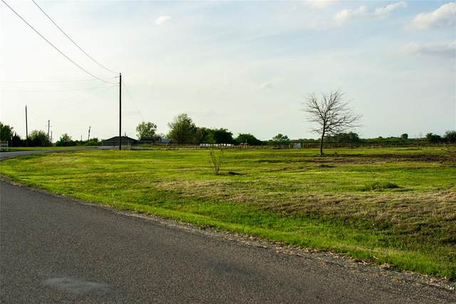 3532 High Meadows Drive, Alvarado, TX 76009 (MLS #14548838) :: Maegan Brest | Keller Williams Realty