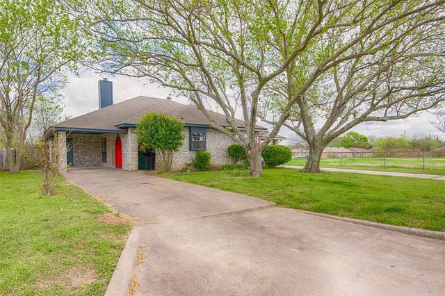 1758 Dynasty Drive, Glenn Heights, TX 75154 (MLS #14549033) :: Lyn L. Thomas Real Estate | Keller Williams Allen
