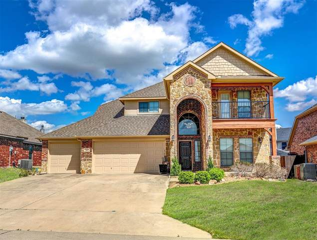 107 Indian Gap Court, Newark, TX 76071 (MLS #14549060) :: Trinity Premier Properties
