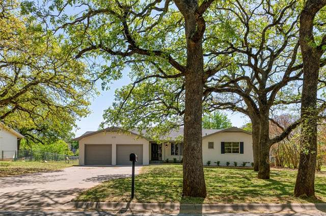 201 Oakwood Drive, Keene, TX 76059 (MLS #14549293) :: The Chad Smith Team