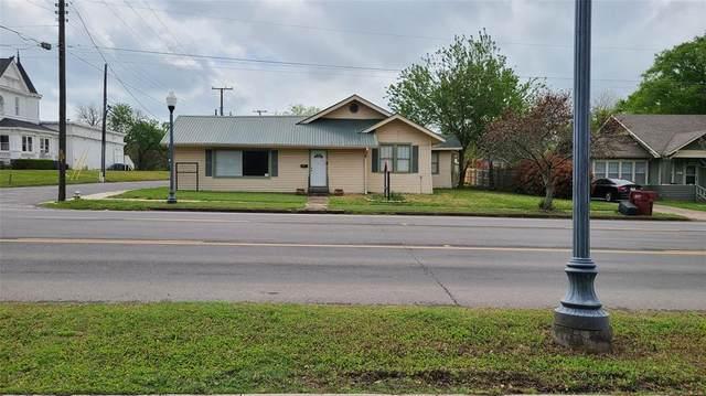 301 W Sam Rayburn Drive, Bonham, TX 75418 (MLS #14549300) :: Robbins Real Estate Group