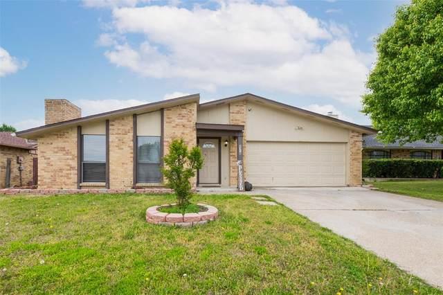 2318 Pennington Drive, Arlington, TX 76014 (MLS #14549456) :: The Mitchell Group