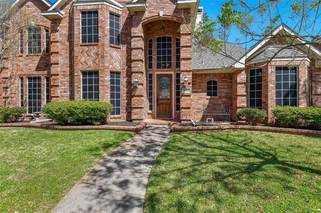 3804 Amberglow Court, Carrollton, TX 75007 (MLS #14549948) :: The Good Home Team
