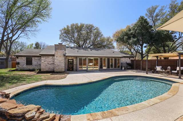 2304 Mockingbird Drive, Grapevine, TX 76051 (MLS #14550167) :: The Hornburg Real Estate Group