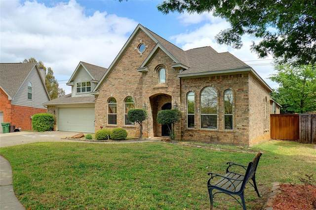 1104 Rosewood Drive, Grapevine, TX 76051 (MLS #14550207) :: The Hornburg Real Estate Group