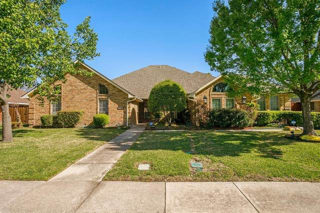 4017 Sonora Drive, Plano, TX 75074 (MLS #14550288) :: Premier Properties Group of Keller Williams Realty