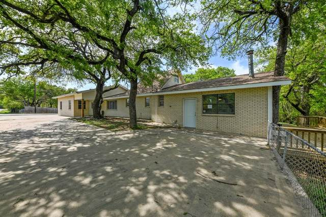 3601 E Oak Trail, Granbury, TX 76048 (MLS #14550455) :: The Juli Black Team