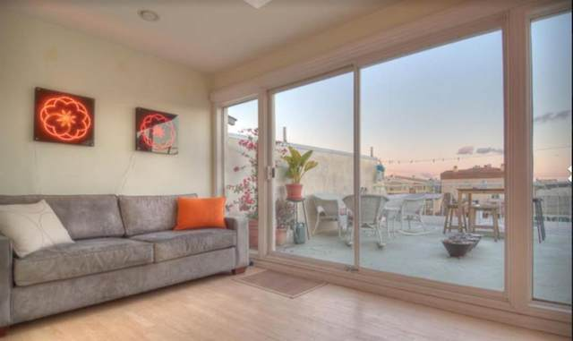 20 Ironsides Street #16, Los Angeles, CA 90292 (MLS #14550697) :: Robbins Real Estate Group