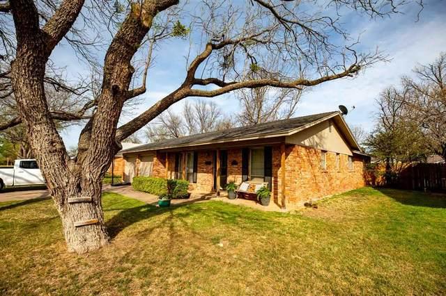 2425 Regent Drive, Abilene, TX 79605 (MLS #14550937) :: The Chad Smith Team
