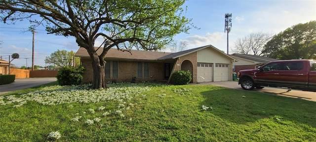 1419 Amherst Drive, Denton, TX 76201 (MLS #14551115) :: Wood Real Estate Group