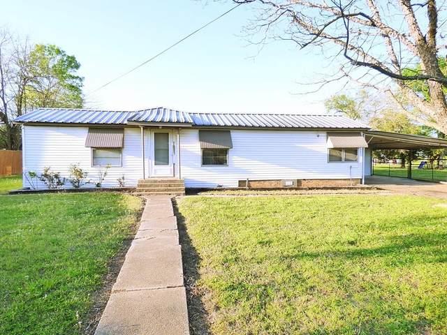 307 E Lide, Talco, TX 75487 (MLS #14551118) :: Real Estate By Design