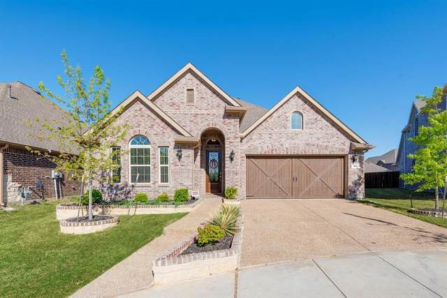 502 Pineview Drive, Euless, TX 76039 (MLS #14551156) :: Jones-Papadopoulos & Co